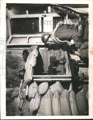1940 Press Photo Soldier at a small village home near French advanced lines