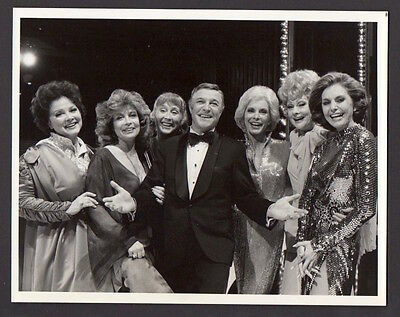 GENE KELLY Janet Leigh CYD CHARISSE Lucille Ball K. Grayson 1978 ORIG TV PHOTO