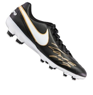 Roberto Carlos Signed Football Boot - Black Nike Tiempo Autograph Cleat 399b70138cd