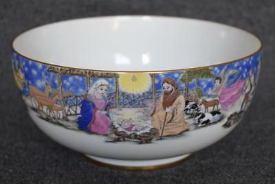 """Lovely Boehm """"christmas Story"""" Themed Christmas Commemorative Gold Trimmed Bowl"""