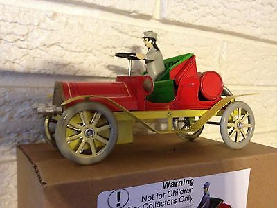 Red Antique Automobile With Driver Tin Toy Wind Up clockwork Mechanism New