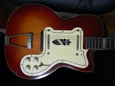 Silvertone Jimmy reed Guitar