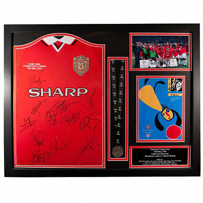Manchester United F.C - Framed Signed Shirt (CHAMPIONS LEAGUE 1999)