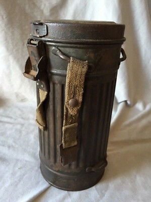 Rare Early WW2 German Wehrmacht M35 Gas Mask Canister 1936 Named.