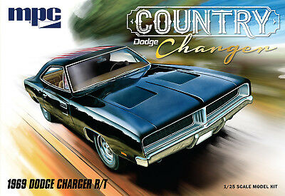 MPC 1/25 1969 Dodge Charger R/T Country Charger PLASTIC MODEL KIT 878