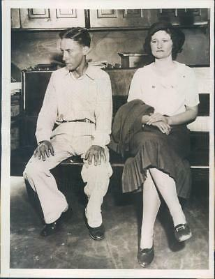 1933 Press Photo Camdentown MO Edward Radiccan & Mary Pearce Arrested
