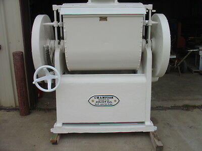 Industrial Bread Dough Mixer Champion Machinery Co. Clean See the Video Running