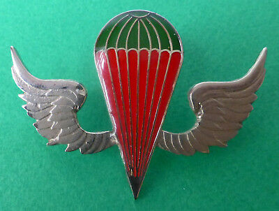 KENYA PARACHUTE ARMY AIRBORNE AFRICA silver red colour AFRICAN PARA JUMP WING