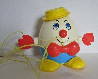 Colorful Vintage Fisher Price  HUMPTY DUMPTY Pull Toy w/String #736 From '72