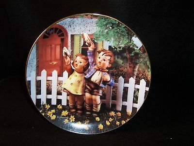 "Hummel 'Come Back Soon' 8"" collector plate"