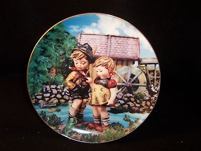 "Hummel 'Hello Down There' 8"" collector plate"