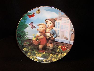 "Hummel 'Surprise' 8"" collector plate"