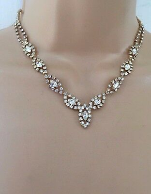 Vintage 1970s Hollywood Glam Beautiful Delicate Gold Tone Diamante Set Necklace