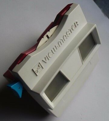 View-Master 3D Bildbetrachter - Model G | Rot-Weiss + Scenic Attractions
