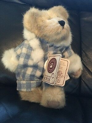 Boyds Bear TJs Best Dressed - Flurry Bundle Up - Retired - With Tags