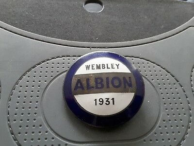 Scarce WEST BROMWICH ALBION  FA Cup Final Winners Wembley Badge - 1931