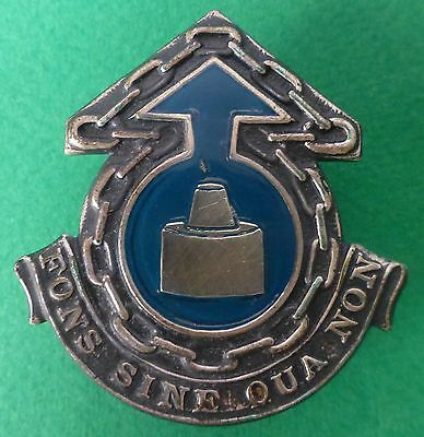 SOUTH AFRICA ARMY WITWATERSRAND COMMAND SUPPLY UNIT gold stamp metal CAP BADGE