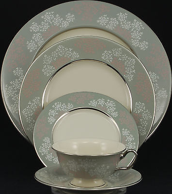 Castleton Lace 5 Piece Place Setting