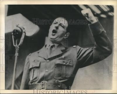 1943 Press Photo General Charles De Gaulle at Armistice day speech in Algiers