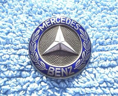 VINTAGE 1960s MERCEDES-BENZ CAR RADIATOR BADGE - OLD W110 FINTAIL ENAMEL EMBLEM