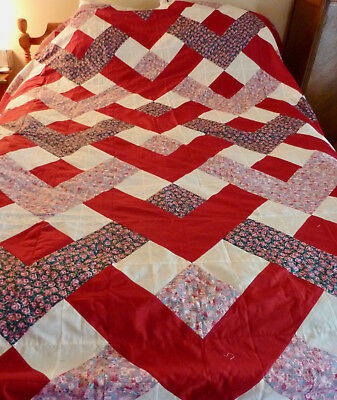 Quilt Top, Red w White & Rose Fabrics, No Damage, Top Only, Well Made!