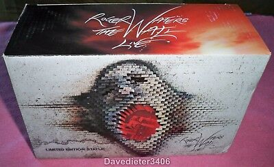 Roger Waters / Pink Floyd The Wall Live VIP Concert Brick Statue NIB 8121/10,000