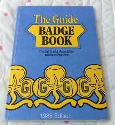 The Girl Guide Badge Book 1988 Softcover Guides Association Guiding SB