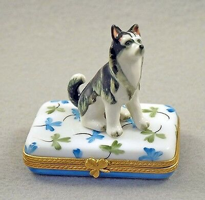 New French Limoges Trinket Box Alaskan Malamute Husky Dog Puppy On Clover Leaves