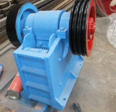"New 60 X 100 2.4""X4"" Universal Jaw Crusher With 2HP Motor Free Ship By Sea"