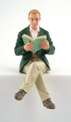 1/12Th Scale Dolls House Man Reading A Book Figure