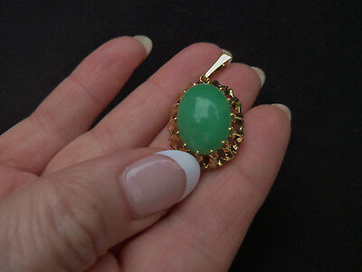 Vintage Chinese14k Carat Gold & Apple Green Jade Pendant Estate Jewelry