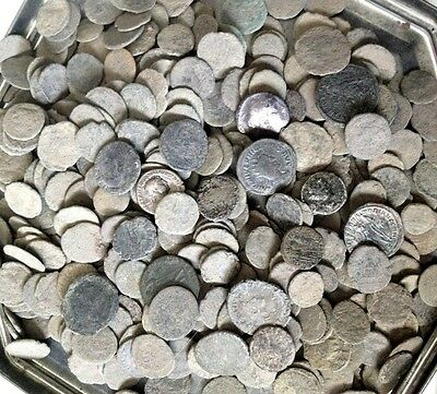 10 Ancient uncleaned and unsorted Roman Coins !!