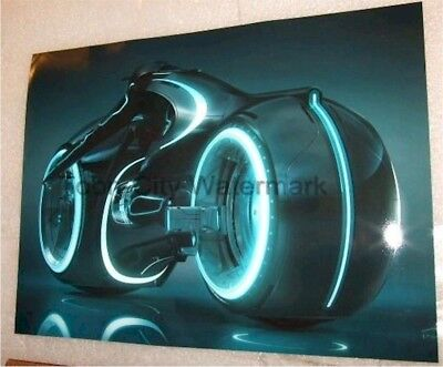 Disney Tron: Legacy Light Cycle photo 8x10 high Quality