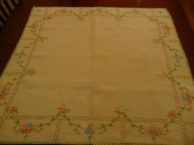 "Vintage Linen Hand Embroidered Table Cloth 32"" X 32"""