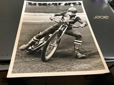 Wimbledon Dons---Garry Middleton---1968---8X6---Speedway--Action Photo
