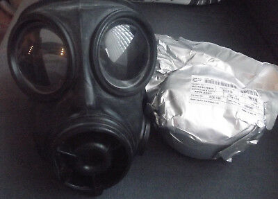 S10 Gas Mask 2007 Size 3 + Sealed Filter