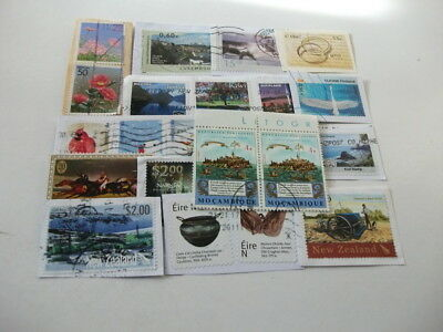 World Charity Kiloware Good Basic Mixture Includes Recent Stamps 480 Grams