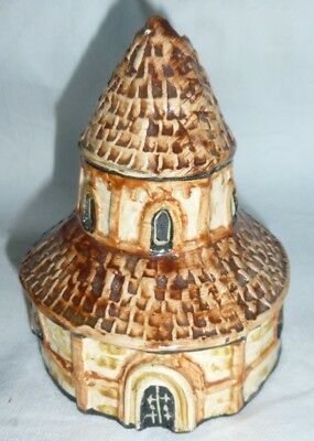 Tey Pottery Britain in Miniature of Round Church, Cambridge 9.5x8x8 cm