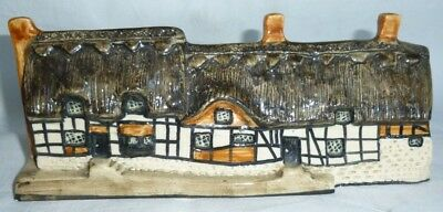 Tey Pottery Britain in Miniature of Anne Hathaway's Cottage 7x17.5x4.5 cm