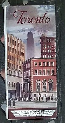 1959 TORONTO ONTARIO Province-issued Vintage GUIDE / NICES PICTURES INSIDE