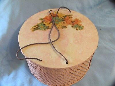 Vintage 40s Pink Wicker & Wood Round Floral Decal Sewing Basket Box w Notions