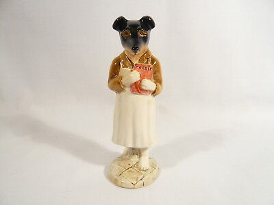 BP2a  Beatrix Potter Figurine Beswick PICKLES Gold Oval