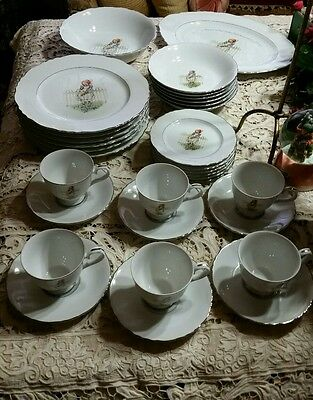 Holly Hobbie dining set porcelain Japan 32pc.1975 Pattern Girl with Rose