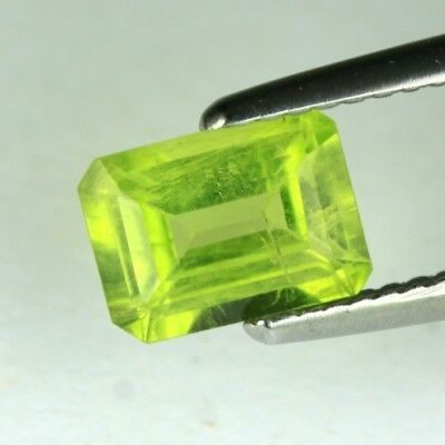 *1.81 cts. 8.3 x 6.2 mm. UNHEATED NATURAL OCTAGON GREEN PERIDOT PAKISTAN