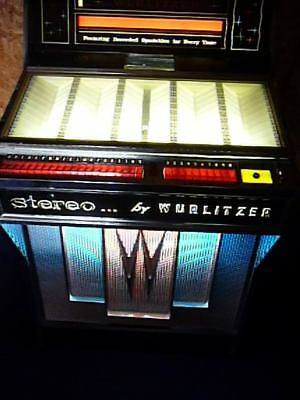 Wurlitzer 2800 Holds 100 Records Middles In Or Out - Circa 1964