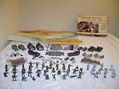 Vintage BATTLE GROUND Miniature Play Set MARX in Box