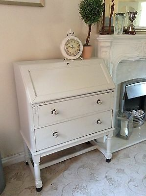 Vintage shabby chic style painted bureau/writing desk. Collection Wigan