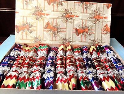 Vintage Boxed  12  Christmas Crackers