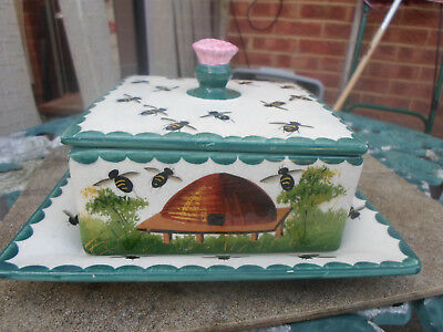 c1900s Wemyss Pottery Honey  Bee Hive Butter / Cheese Dish impressed stamp