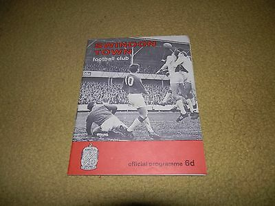 Swindon Town v Nottingham Forest -FA Cup 5th round Replay 1967 at County Ground